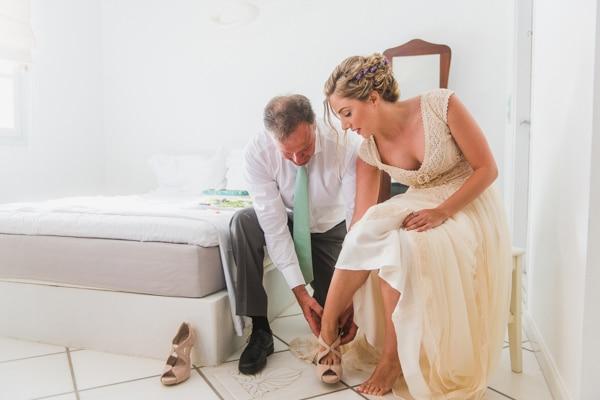 romantic-wedding-in-milos-17