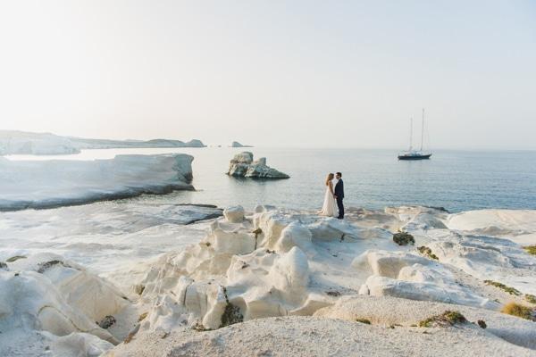 romantic-wedding-in-milos-3