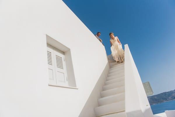 romantic-wedding-in-milos-37