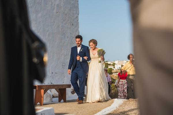 romantic-wedding-in-milos-46