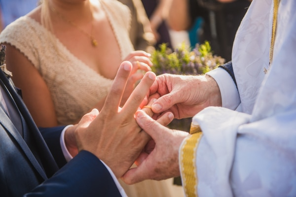 romantic-wedding-in-milos-49