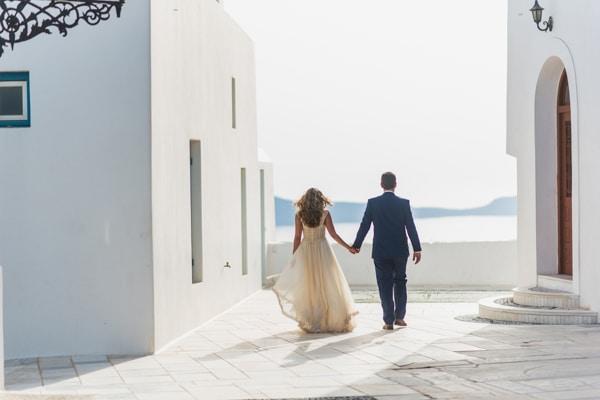 romantic-wedding-in-milos-5