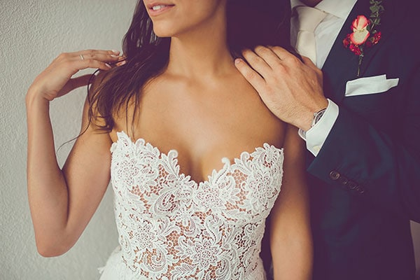 Elegant γάμος με κοραλί και κόκκινα χρώματα | Μαργαρίτα & Μαξ