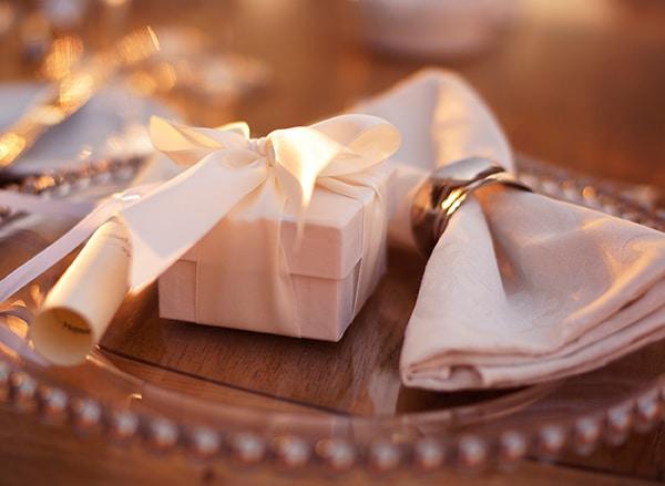 wedding-favors-summer-athens-wedding