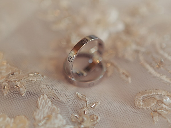 wedding-rings-summer-athens-wedding
