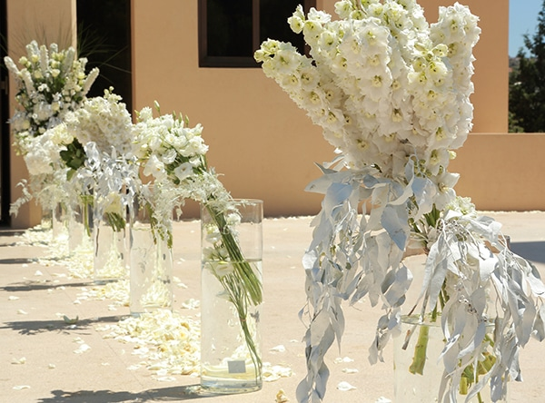 white-wedding-decor