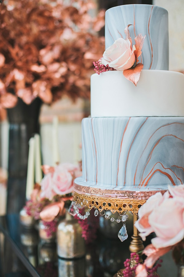 rose-gold-grey-wedding-decoration-ideas (15)