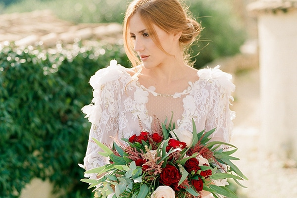 Romantic wedding inspiration in Corfu