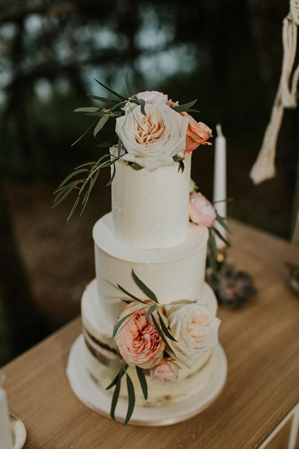 Ρομαντικη τουρτα γαμου