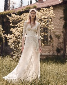 Νυφικο φορεμα Costarellos με μακρια μανικια