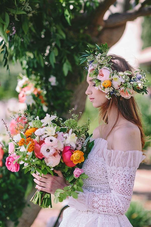 Στεφανι με λουλουδια