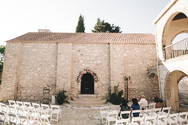 summer-wedding-cyprus-minthis-hills-18