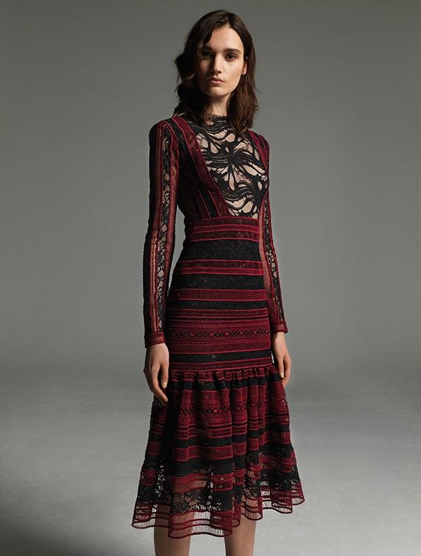 βραδυνα-φορεματα-για-γαμο-με-δαντελα