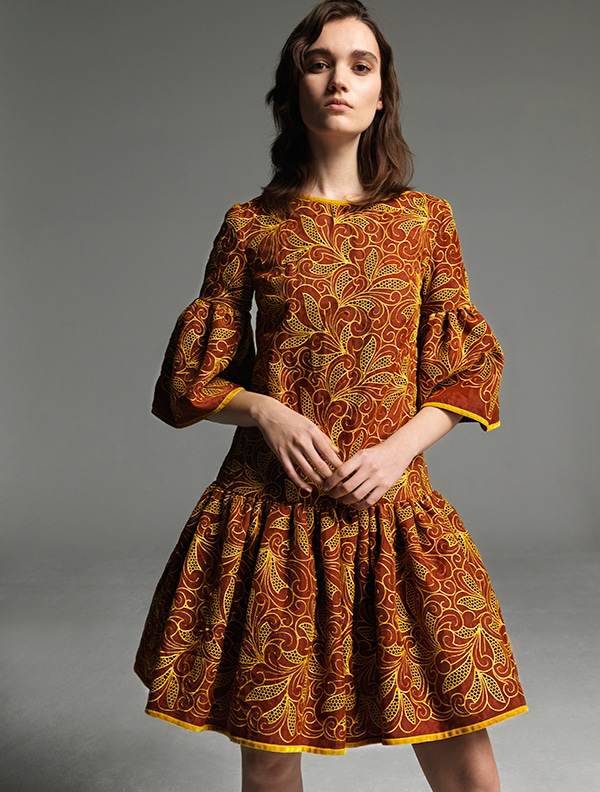 κοντα-βραδυνα-φορεματα-για-γαμο-costarellos