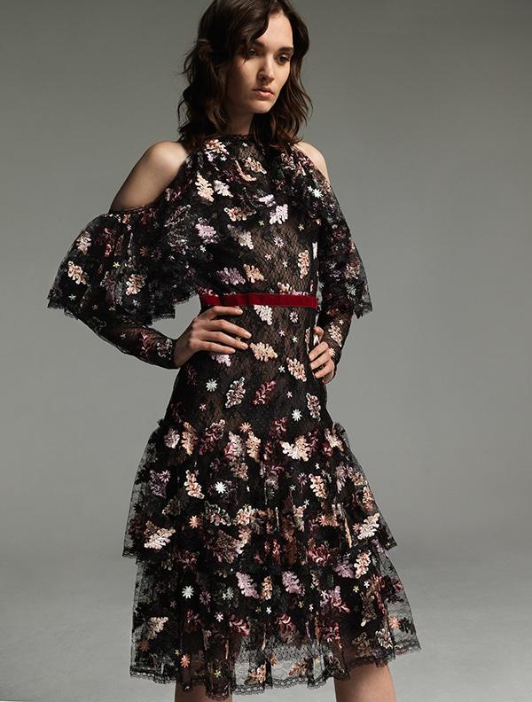 φορεματα-για-γαμο-με-δαντελα