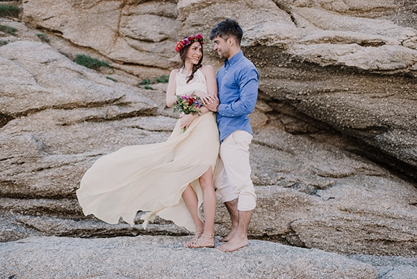 colorful-engagement-shoot-in-mykonos-2-2
