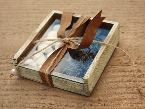rustic-wedding-favors-1