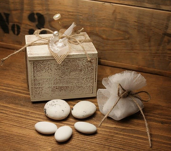 rustic-wedding-favors-10