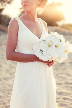 Νυφική ανθοδέσμη για γάμο στην παραλία