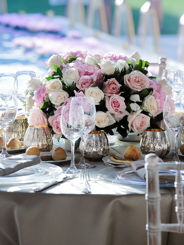 Blush and pink centerpiece