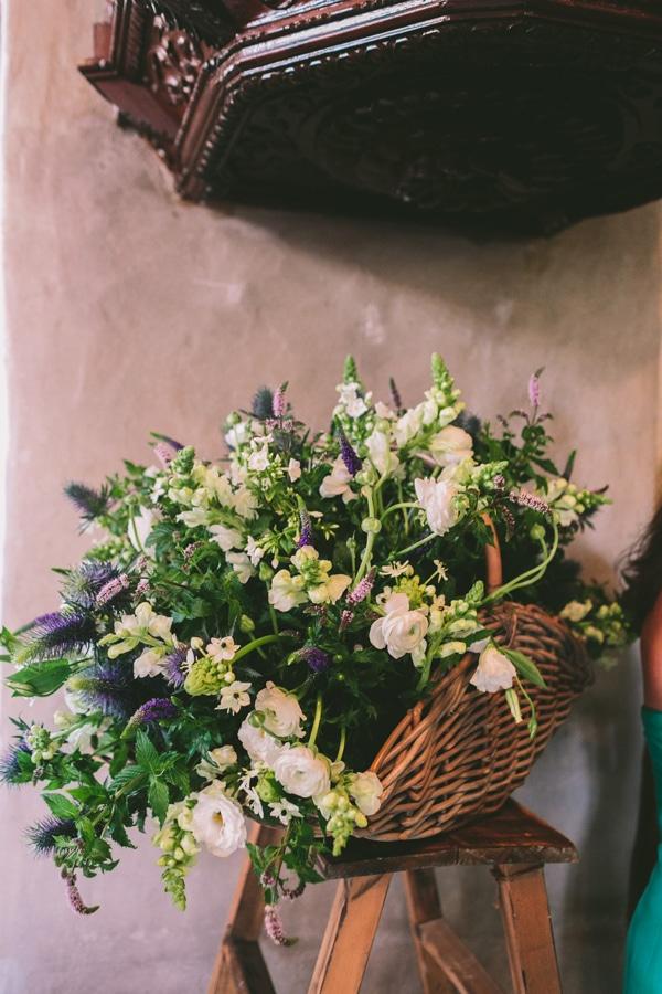 Διακοσμηση γαμου με λουλουδια