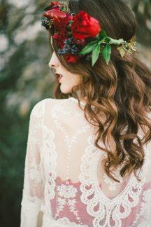 Νυφικο στεφανι με φυσικα λουλουδια