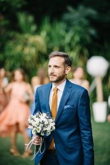 Κοστουμι γαμπρου σε μπλε χρωμα