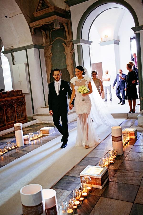 Στολισμος εκκλησιας με κερια
