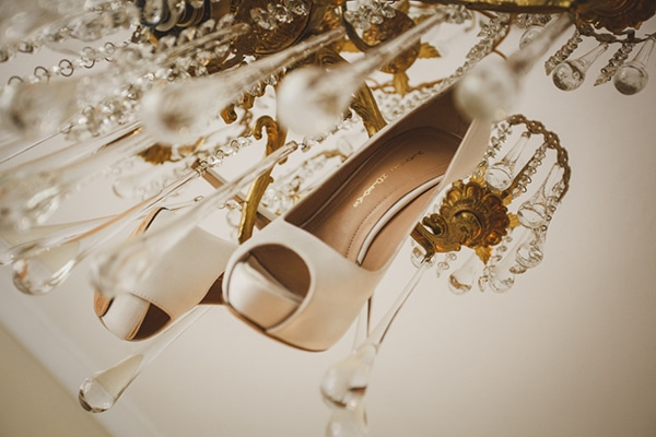 Elegant Vlassis Holevas νυφικα παπουτσια