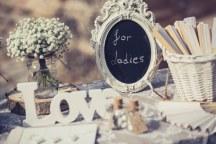 Rustic διακοσμηση για γαμο
