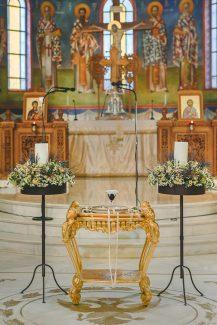 Στολισμος εκκλησιας