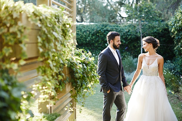 Colorful summer wedding in Athens