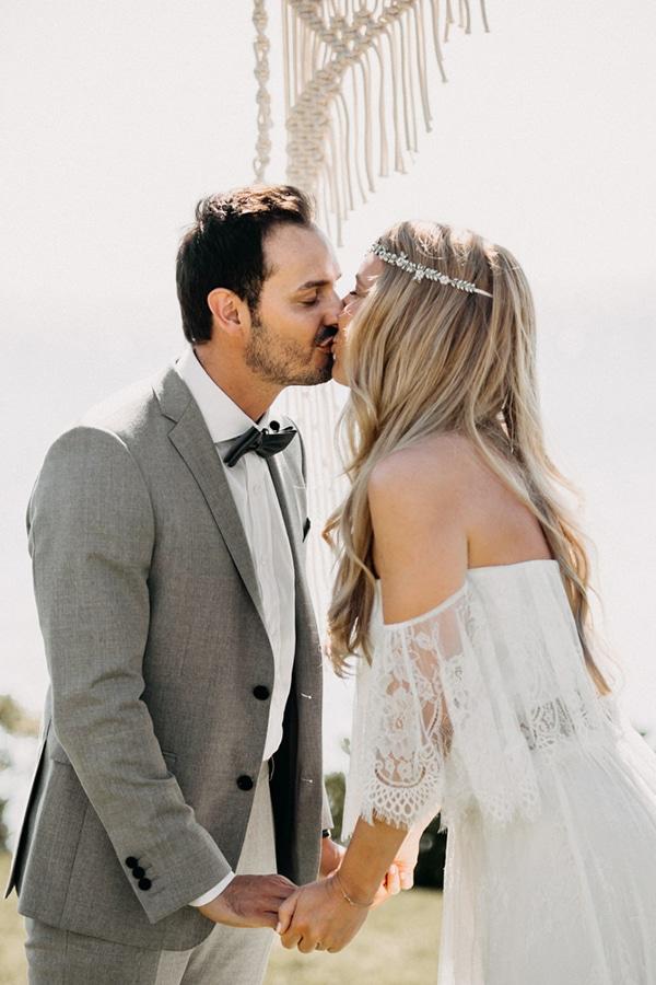 boho-beach-wedding-with-macrame-details-22