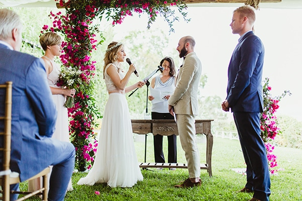 dreamy-wedding-with-bougainvillea-32