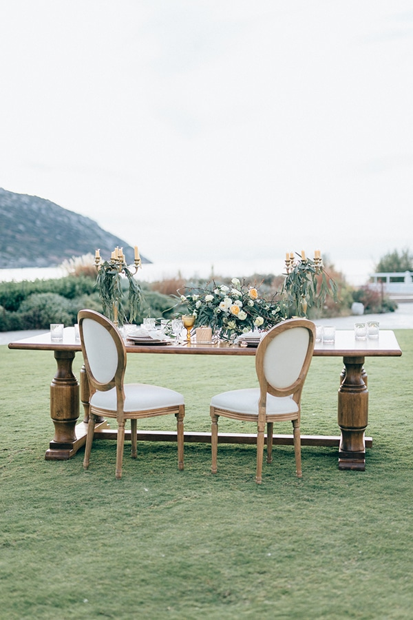 gorgeous-styled-shoot-with-gold-details-12
