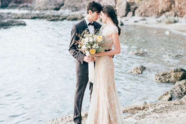 Gorgeous styled shoot with gold details