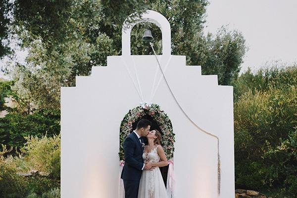 romantic-wedding-natural-colours-32