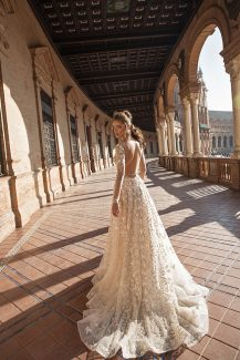 Berta – Seville Collection