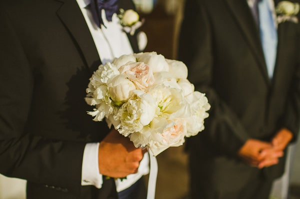 beautiful-bridal-bouquets-with-peonies-2.