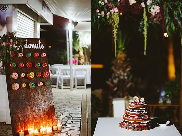 Donuts διακοσμημενα σε ξυλινο station