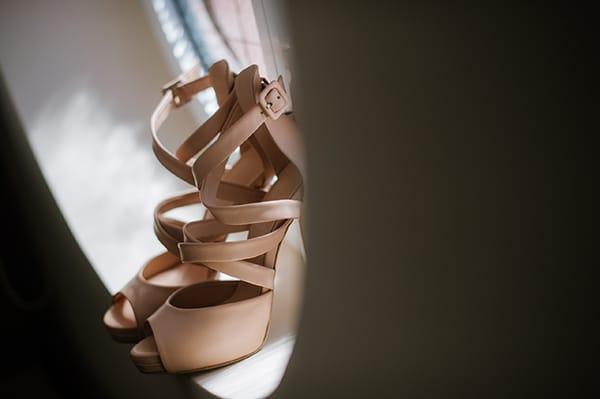 Dukas μπεζ νυφικα παπουτσια