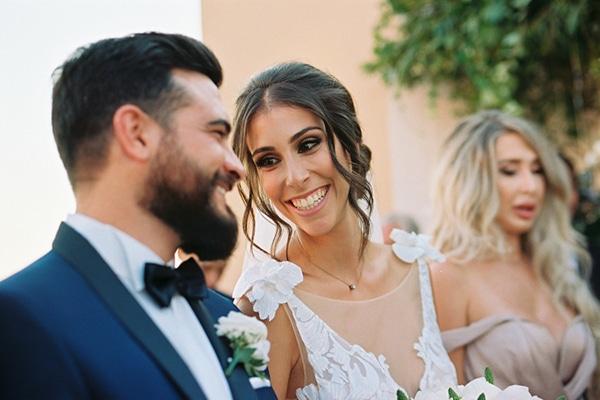 Πανεμορφος γαμος με μωβ κοραλι και πρασινες αποχρωσεις | Καρολινα & Σταυρος