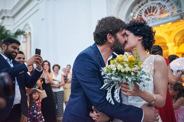 Όμορφος γάμος με κύρια απόχρωση το κίτρινο