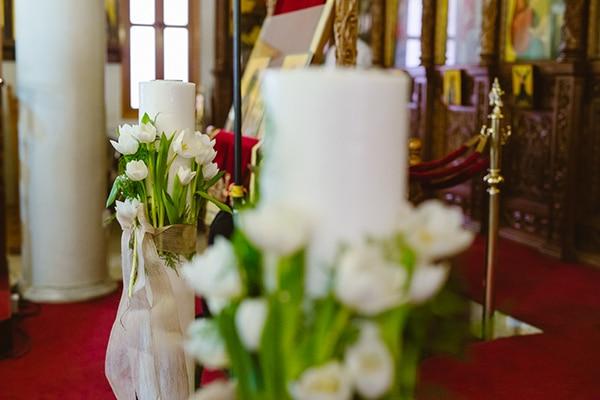 Διακοσμηση εκκλησιας με τουλιπες