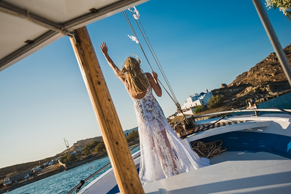 simple-chic-wedding-paros_23.
