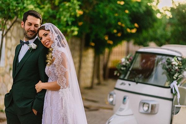 Καλοκαιρινός γάμος με τροπικό στυλ  | Τζώρτζια & Παναγιώτης