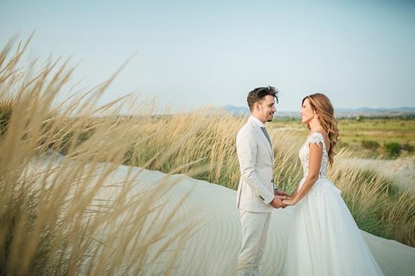 Καλοκαιρινος γαμος με κυριαρχα χρωματα το ασπρο και το πρασινο της ελιας | Παρασκευη και Δημητρης