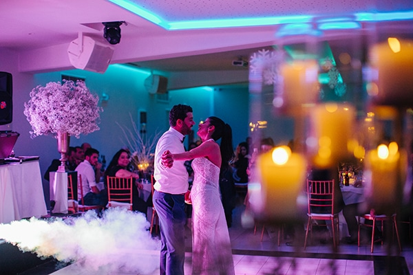 winter-gold-white-tones-wedding_33