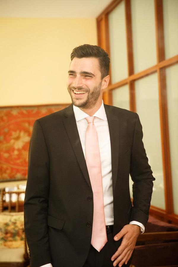Μαυρο κοστουμι γαμπρου