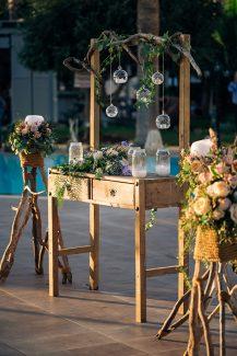 Στολισμος δεξιωσης για ρουστικ γαμο